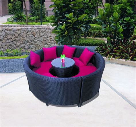 Outdoor Rattan furniture from UK supplier providing best
