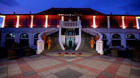 pengelola upayakan penambahan koleksi  museum sultan