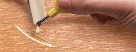 laminaat vuller laminaat beschadigd repareer het met de reparatieset