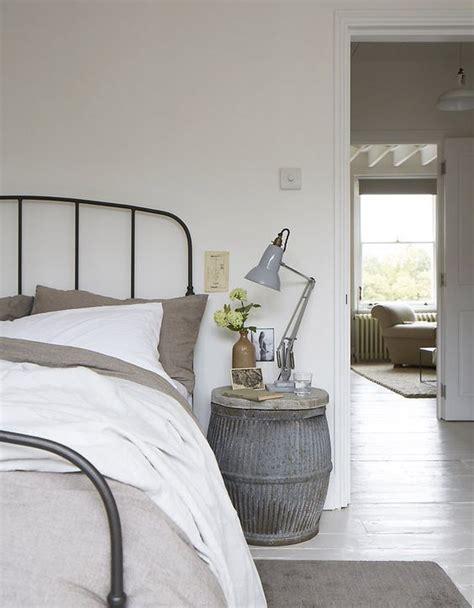 decorar habitacion forja 25 ideas para decorar el dormitorio con camas de forja