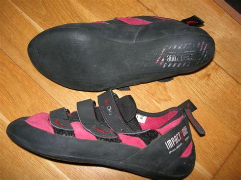 petzl climbing shoes chili spirit vcr climbingrock shoes petzl harness for