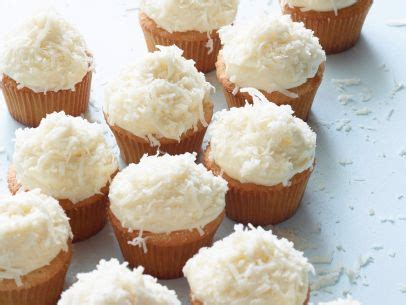 barefoot contessa coconut cake and frosting ina garten delight decorum coconut cupcakes