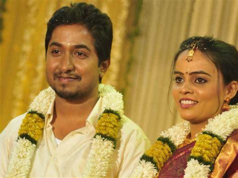 actor vineeth sreenivasan wedding photos vineeth sreenivasan divya narayanan wedding pictures