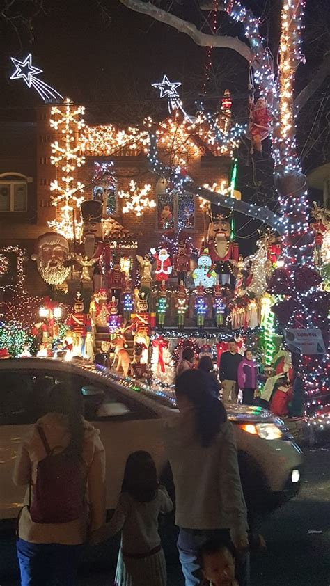 dyker heights christmas lights fat guy from brooklyn