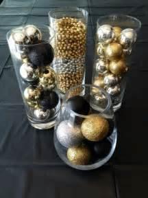 36 Super Elegant Black And Gold Christmas Décor Ideas