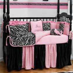 bedroom black pink design