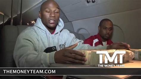 floyd mayweather bag ridiculousness floyd mayweather counting 1 million dollars