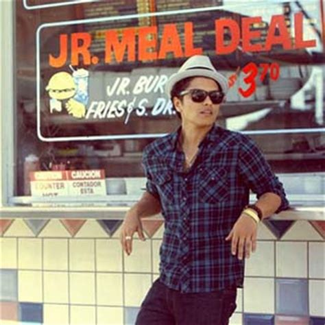 bruno mars ringtone mp3 download bruno mars ft lupe fiasco just the way you are remix