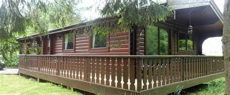 lincolnshire log cabins nestled in kenwick park louth