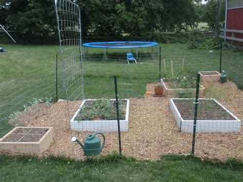 12 Foot Trellis How Does Your Square Foot Garden Grow