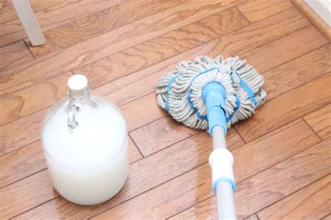 Wood Floor Cleaner Diy Hometalk Diy Wood Safe Floor Cleaner