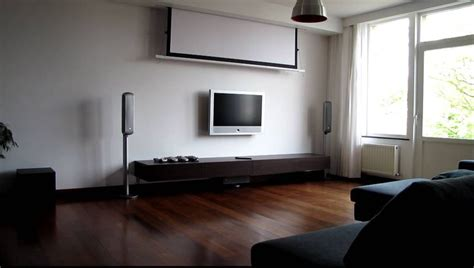 Living Room Tv Or Projector 1000 Ideas About Projector Screens On Tv