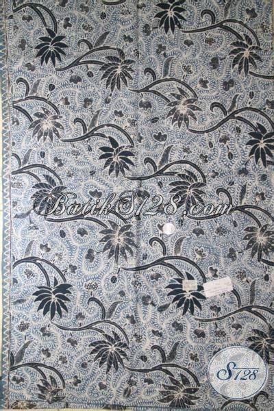 Batik Katun Motif Daun Pejabat batik kain istimewa dengan pewarna alam batik mewah