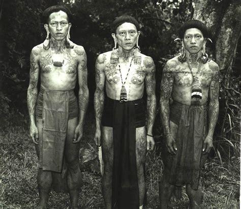 tato orang dayak tato dayak tato asli indonesia yang terkenal hingga