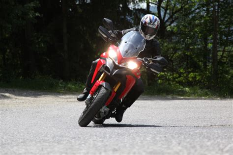Supersport Motorrad Führerschein by Ducati Dreambikes Testbericht