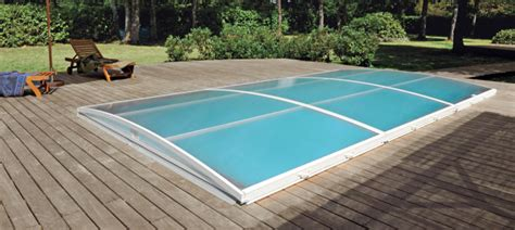 abris de piscine rideau 3679 abris et couvertures de piscine