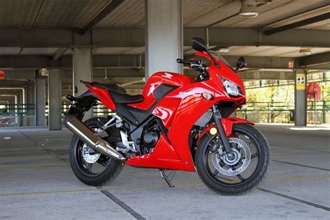 cbr racing bike price review 2014 honda cbr300r cb300f bike review