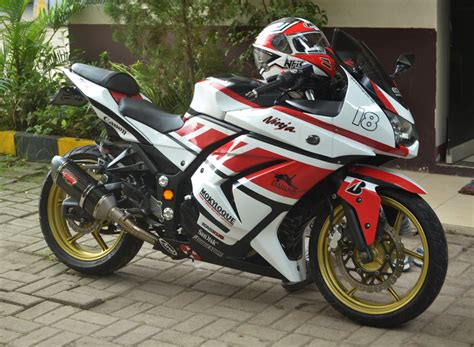 68 modifikasi kawasaki 250 r warna merah ganas modifmotors modifikasi satria fu
