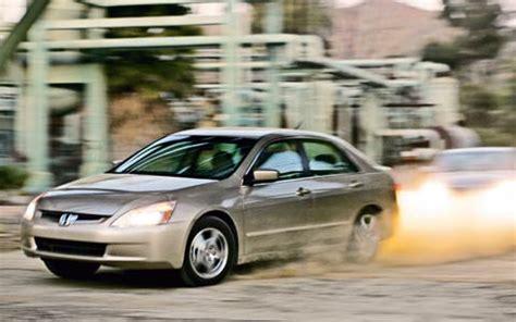 Compare Honda Civic Hybrid And Toyota Prius 2006 Honda Civic Hybrid Vs Toyota Prius Vs Honda Accord