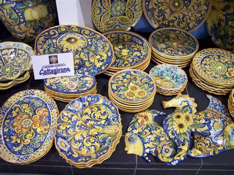 piastrelle di caltagirone le ceramiche di caltagirone la patria ragusa