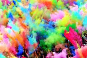 concert of colors фотогалерея холи праздник красок в индии