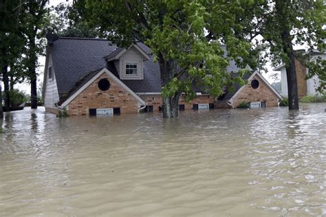 house insurance without flood cover harvey destruction and the nation s struggling flood