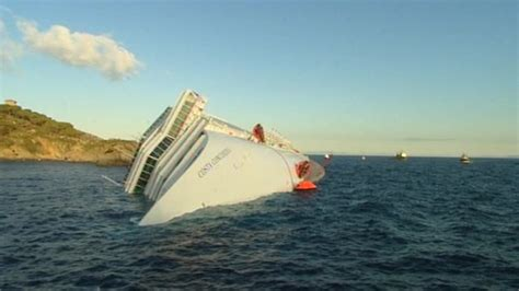 why did the costa concordia sink how did the cruise ship costa concordia sink cbbc newsround