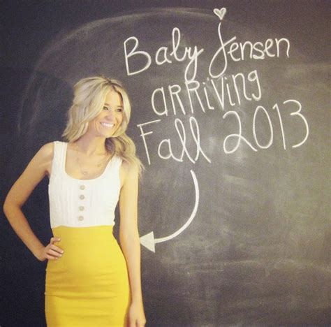 i pears 22 awesome pregnancy announcement ideas