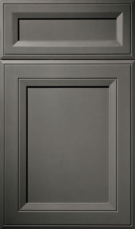 gray kitchen cabinet doors 1000 ideas about cabinet doors on kraftmaid
