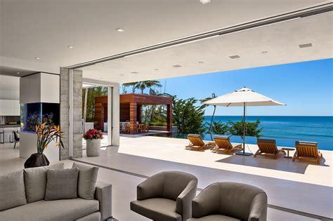casa malibu moderna casa en malibu con vistas al mar arquitexs