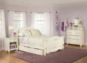 White Furniture In Bedroom White Bedroom Furniture Idea Amazing Home Design And Interior