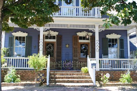 house to buy in reading new orleans home buying read the contract