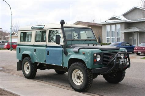 land rover pakistan land rover defender 110 sw in pakistan defender land