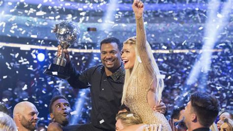 dancing with the stars season 19 finale dwts live dancing with the stars season 19 finale alfonso ribeiro