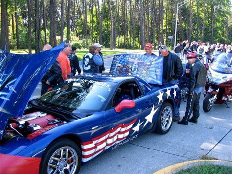 1000 images about american flag waving corvettes on