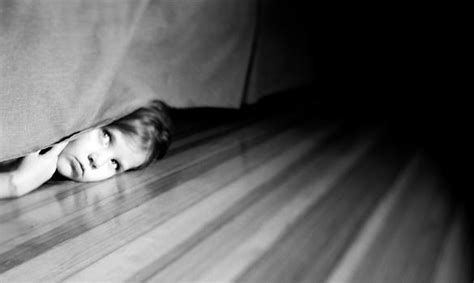 hiding under the bed thriving with neurofibromatosis november 2009