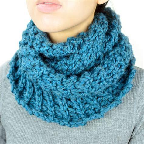 broomstick infinity scarf crochet spot 187 archive 187 crochet pattern broomstick