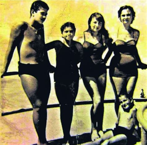 lucio battisti all the best lucio battisti nel 1959 ad ostia la foto inedita ladyblitz