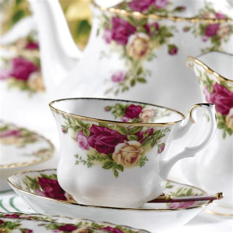 rose royal royal albert old country roses teacup saucer plate set