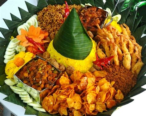 cara membuat nasi kuning tumpeng mini nasi kuning tumpeng mini images