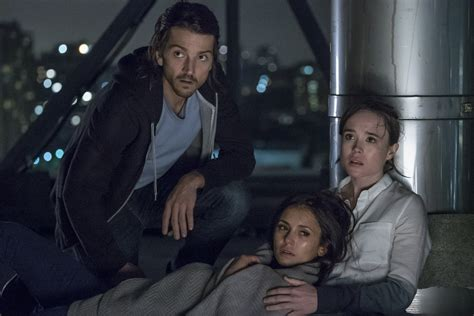 flatliners new film trailer diego luna toys with death in intense flatliners