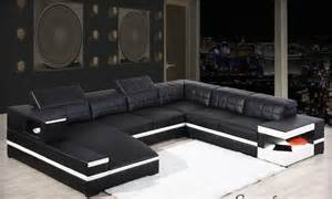 Table Basse Noir Et Blanc Pas Cher #3: 6068-thickbox-canape-d-angle-pas-cher-en-cuir-design-noir-et-blanc-felice-u-rennes.jpg