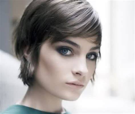 cute hairstyles for growing out a pixie cut growing out a pixie shortcut long pixie cut pinterest