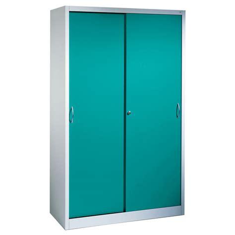 armoires d atelier armoire portes coulissantes c p
