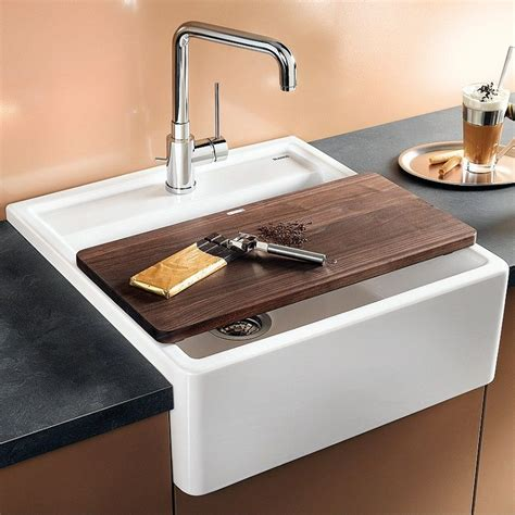 ceramic kitchen sinks blanco panor 60 apron fronted ceramic kitchen sink