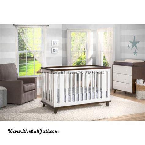 Tempat Tidur Bayi Besi set tempat tidur bayi minimalis dua warna berkah jati