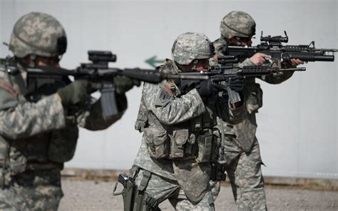 Us Army Finder Us Army Soldiers Shooting 2278 Wallpapers
