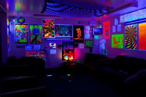 blacklight bedroom decor black light bedroom ideas home design