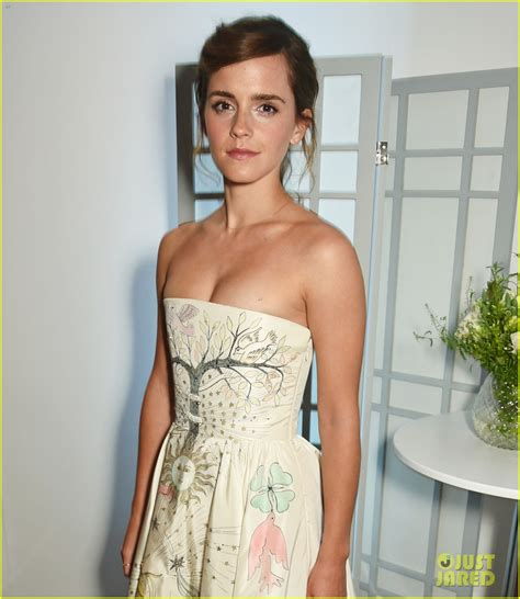 emma watson details the details on emma watson s incredible dior dress need to