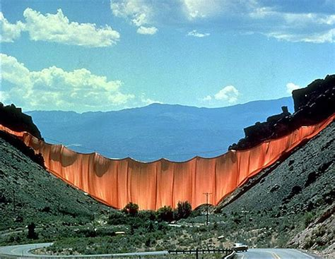 valley curtain christo five of the most incredible christo and jeanne claude works